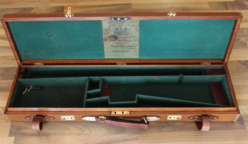 10_Δερμάτινη βαλίτσα όπλου κωδ.32