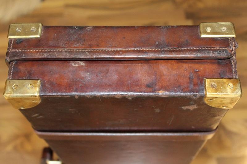 16_Δερμάτινη βαλίτσα όπλου Holland & Holland κωδ.42