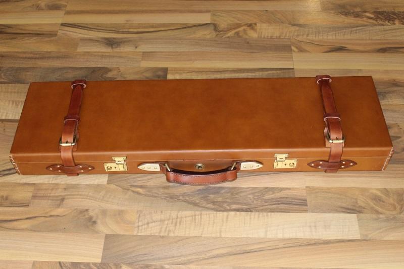1_Δερμάτινη βαλίτσα όπλου κωδ.32