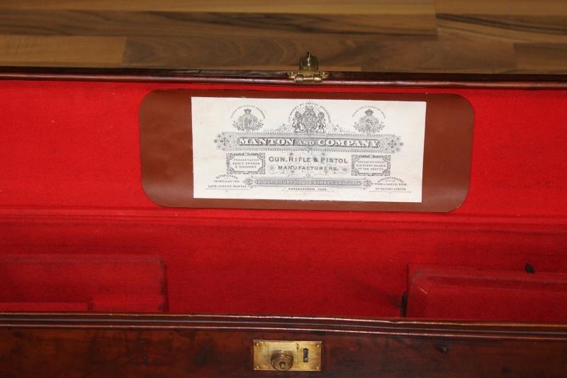 3_Δερμάτινη βαλίτσα για ζευγάρι δίκαννων κωδ.8