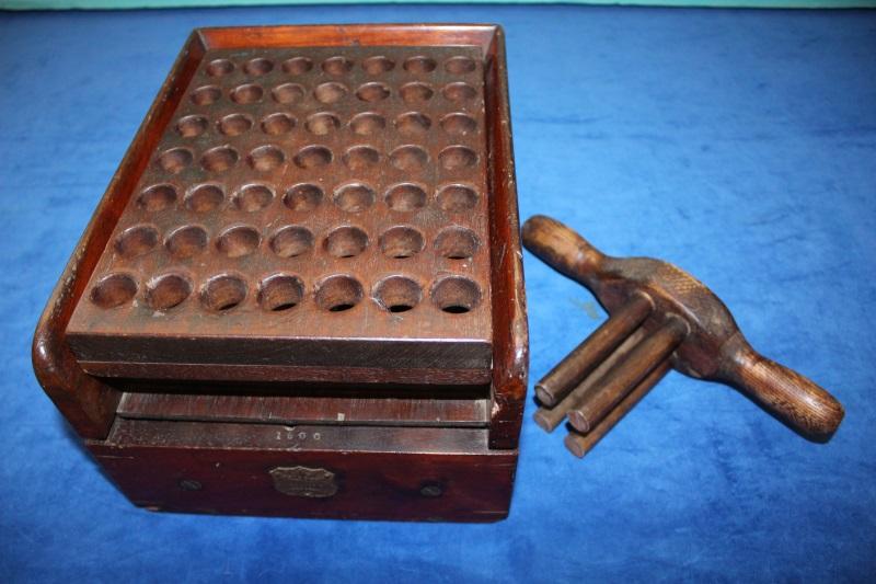 4_Μικρή μηχανή γόμωσης φυσιγγίων Erskine