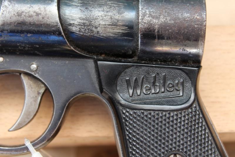 4_WEBLEY 773