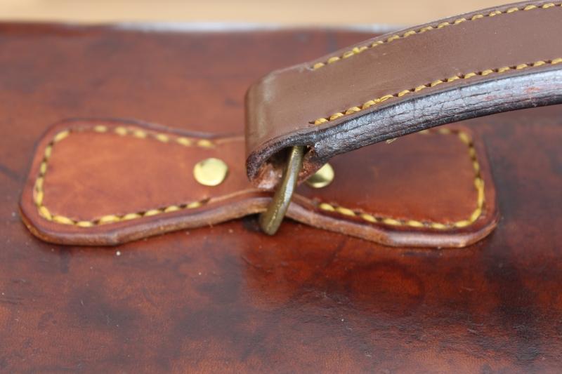 6_Δερμάτινη βαλίτσα για ζευγάρι δίκαννων κωδ.8