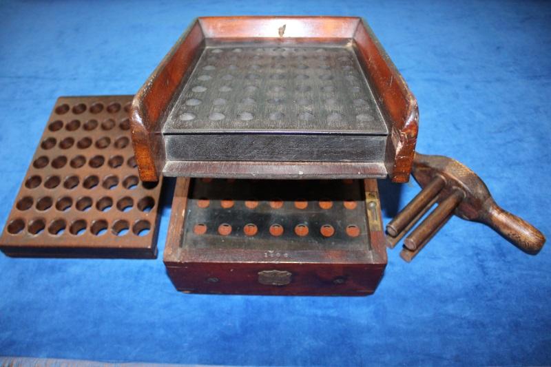6_Μικρή μηχανή γόμωσης φυσιγγίων Erskine