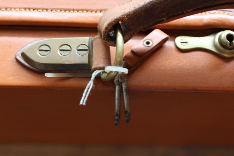 7_Βαλίτσα από δρυ και δέρμα H&H κωδ.24