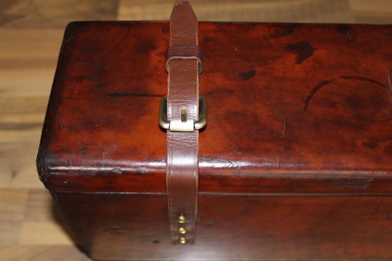 7_Δερμάτινη βαλίτσα για ζευγάρι δίκαννων κωδ.8