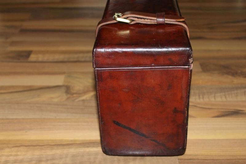 9_Δερμάτινη βαλίτσα για ζευγάρι δίκαννων κωδ.8