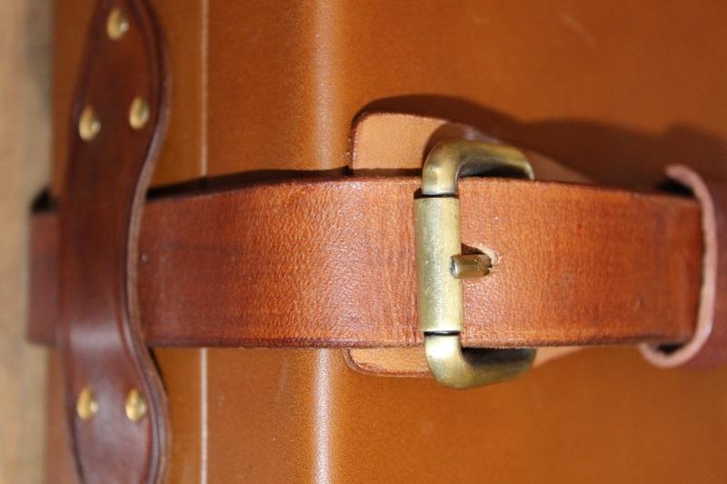 9_Δερμάτινη βαλίτσα όπλου κωδ.32