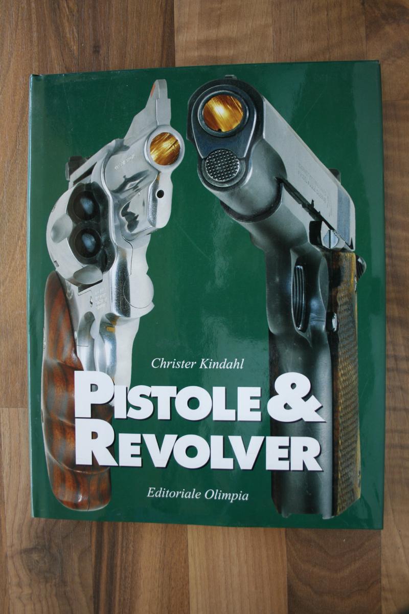 1PistoleRevolver