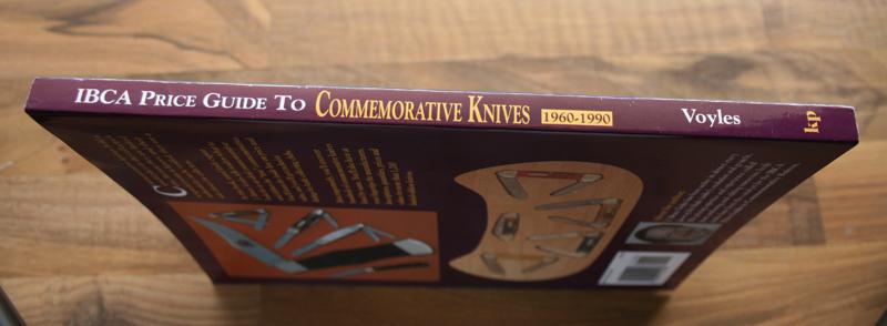 2CommemorativeKniveskod.93